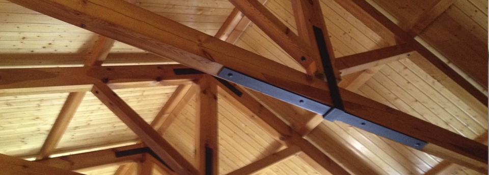 ¿Cómo mantener el techo de madera de una pérgola?