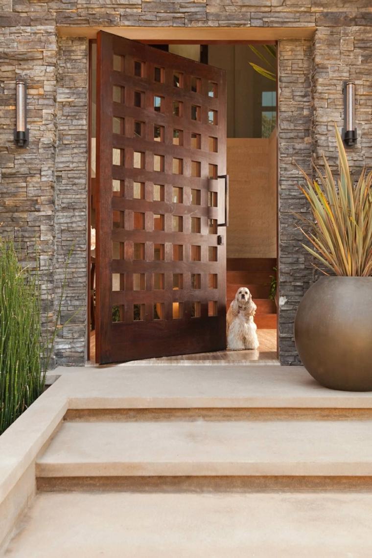 Puertas de entrada de dise o moderno rivas sanchez - Como barnizar una puerta de madera ...